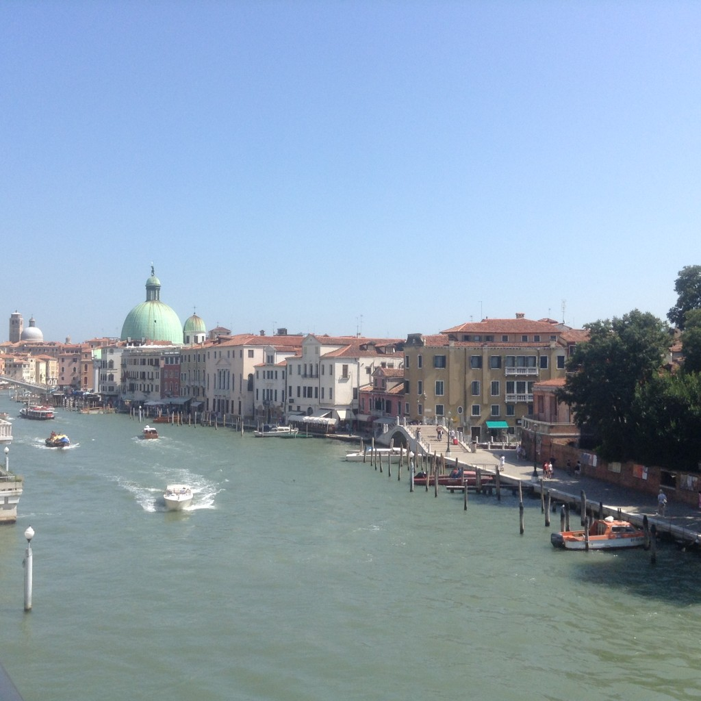 Vue du pont de la constitution - Venise